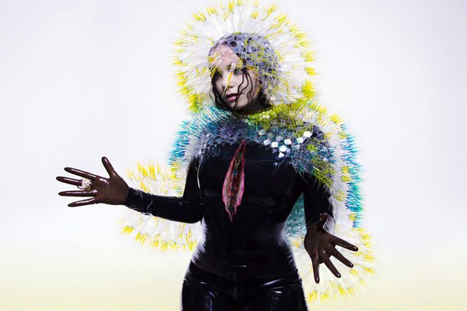 Björk unveils stunning virtual reality 'Notget' video