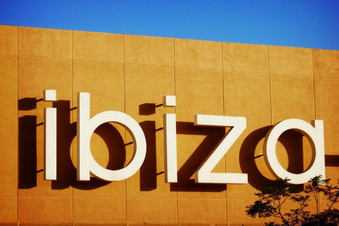 """Ibiza tourism could begin by the start of June """"at the latest"""""""